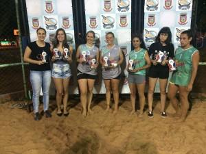 Vencedoras do vôlei dupla feminino Verão Mágico 2017