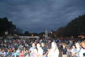 Em 2015 a comunidade compareceu ao Parcão para participar dos festejos dos 84 anos de Santa Rosa