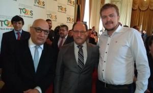 Secretário de Estado Victor Hugo, governador José Ivo Sartori e secretário Rafael Rufino