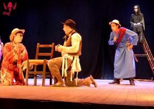 Grupo Teatral Cena Viva em O Ferreiro e a Morte